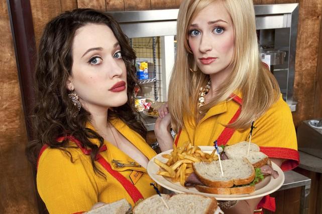 Kat Dennings et Beth Behrs dans 2 filles... (Photo: fournie par VRAK)
