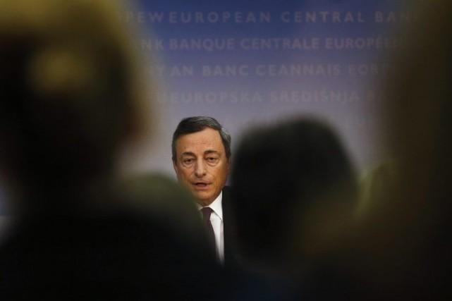 LaBanque centrale européenne (BCE) vise à assouplir le... (PHOTO KAI PFAFFENBACH, REUTERS)