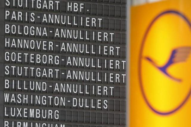 Pour éviter un chaos à l'aéroport de Francfort,... (Photo Michael Probst, AP)