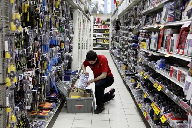 Le nombre des embauches a ralenti à 213... (Photo Reynard Li, archives Bloomberg)