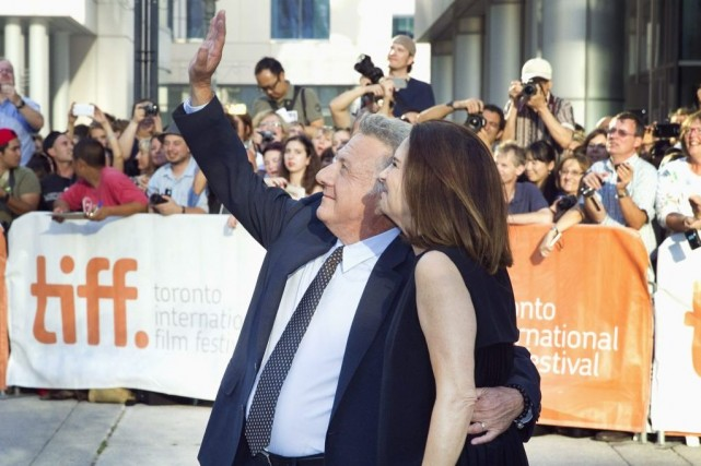 Dustin Hoffman et sa femme Lisa, à la... (PHOTO FRED THORNHILL, REUTERS)