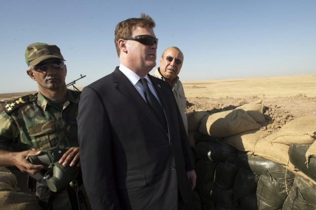 Le ministre des Affaires étrangères, John Baird, se... (PHOTO RYAN REMIORZ, PC)