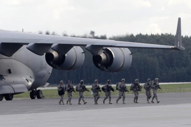 L'exercice Steadfast Javelin II, prévue par l'OTAN depuis... (Photo Ints Kalnins, Reuters)