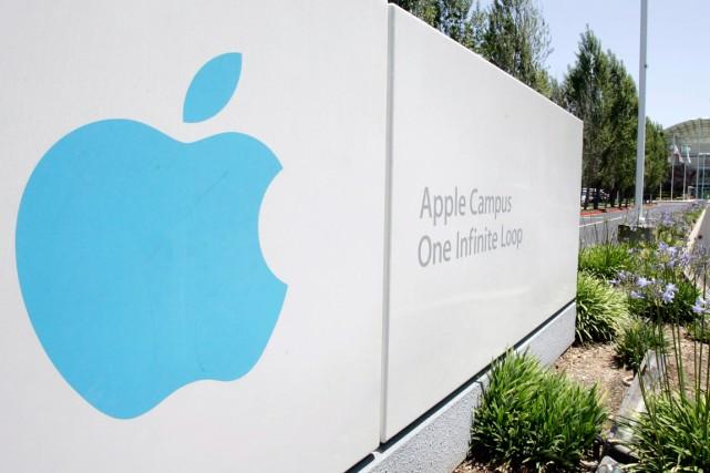Entre iPhone géant et nouvelle iWatch, les rumeurs vont bon train avant une... (PHOTO ARCHIVES ASSOCIATED PRESS)