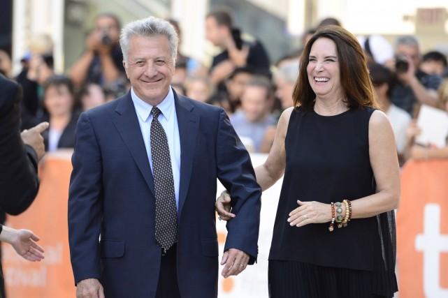 Dustin Hoffman et sa femme Lisa arrivent à... (Photo Frank Gunn, PC)