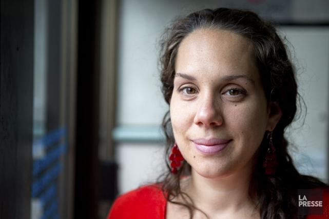 EmilieGrégoire, coordonnatrice du comité consultatif jeunes, aimerait documenter... (PHOTO MARCO CAMPANOZZI, LA PRESSE)