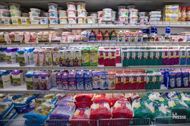 Les clients qui ont acheté un lait Natrel... (Photo David Boily, archives La Presse)