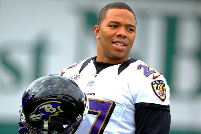 Les Ravens de Baltimore ont libéré le porteur... (Photo Sean Gardner, archives Reuters)