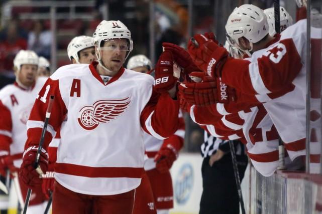 Daniel Alfredsson se laisse désirer par les Red Wings alors qu'il ne sait... (Photo: PC)