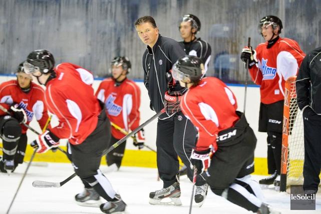 L'entraîneur-chef Philippe Boucher devra préparer sa troupe à... (Photo Jean-Marie Villeneuve, Le Soleil)