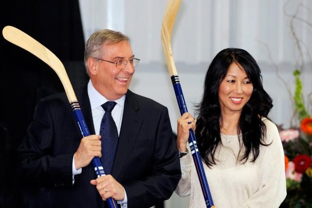 Terry et Kim Pegula, les propriétaires des Sabres... (Photo Gary Wiepert, AP)