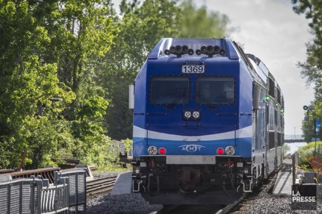 Le cycliste de 46 ans mort écrasé par un train de banlieue à Saint-Jérôme, un... (Archives La Presse)