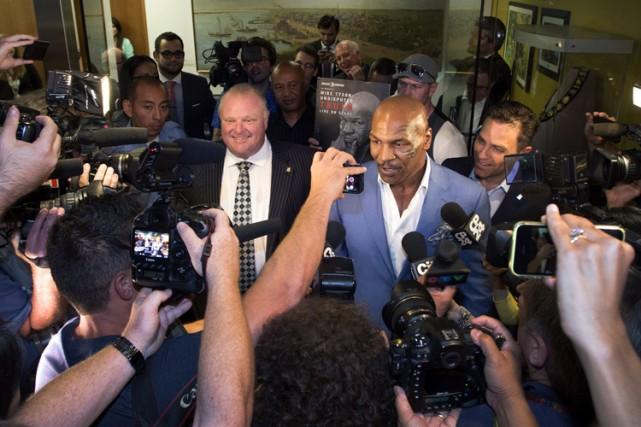 Mike Tyson et Rob Ford ont donné une... (Photo: PC)