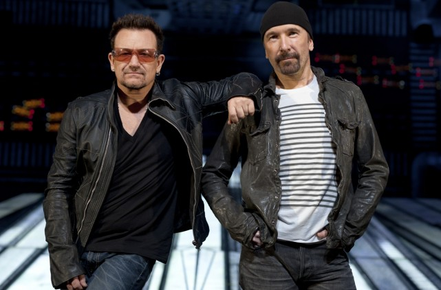 Le groupe U2, notamment Bono et The Edge,... (Photo: The New York Times)
