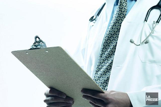 La Fédération des médecins omnipraticiens du Québecva «essayer... (Photo Archives La Presse)