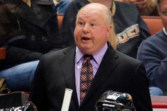 L'entraîneur-chef Bruce Boudreau a permis aux Ducks d'Anaheim... (Photo Mike Blake, Reuters)