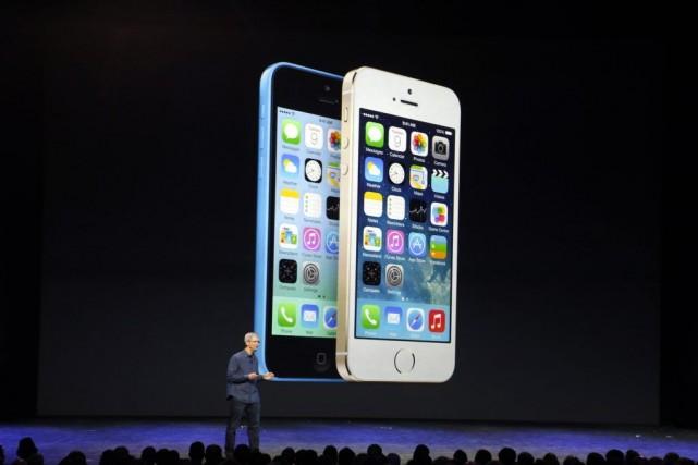 Les nouveaux téléphones d'Applepourraient être les plus populaires... (PHOTO STEPHEN LAM, REUTERS)