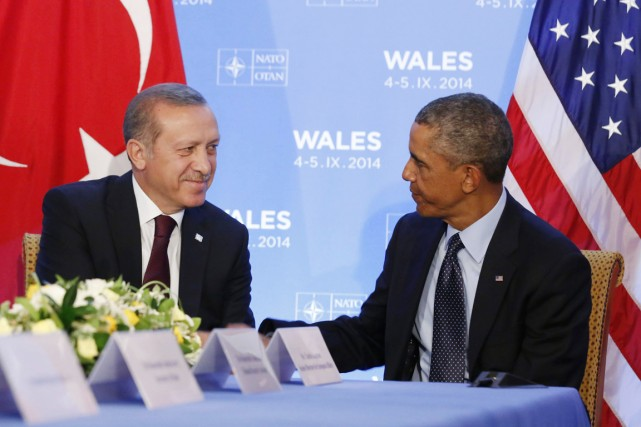Le président américain a rencontré son homologue turc... (PHOTO LARRY DOWNING, ARCHIVES REUTERS)