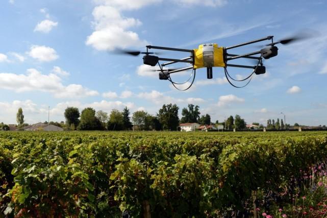 Les technologies satellitaires autant que les drones investissent de plus en... (PHOTO JEAN PIERRE MULLER, AFP)