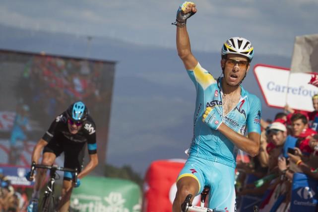L'Italien Fabio Aru a remporté la 18e étape... (Photo Jaime Reina, AFP)