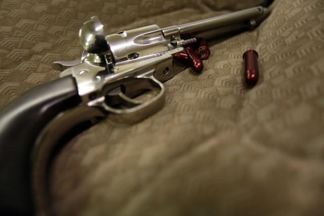 Une enseignante s'est tiré une balle dans la jambe avec sa propre arme dans un... (Photo JOSHUA LOTT, Reuters)