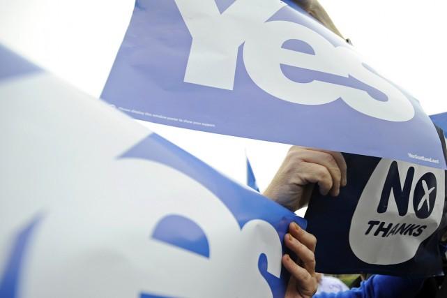 Selon YouGov, 50% des Écossais sondés comptent voter... (PHOTO ANDY BUCHANAN, AFP)