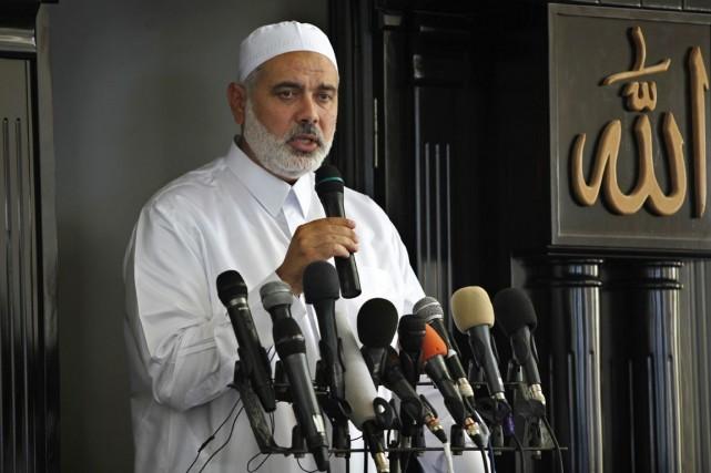 L'ex-premier ministre du Hamas à Gaza, Ismaïl Haniyeh.... (PHOTO ADEL HANA, ARCHIVES AP)
