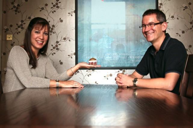 Fiona et Bruce Wilson, d'Édimbourg, vivent ensemble depuis... (PHOTO LORRAINE MALLINDER, COLLABORATION SPÉCIALE)