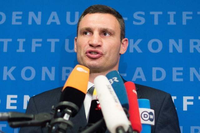 Vitali Klitschko, élu en mai maire de Kiev... (Photo BERND VON JUTRCZENKA, AFP)