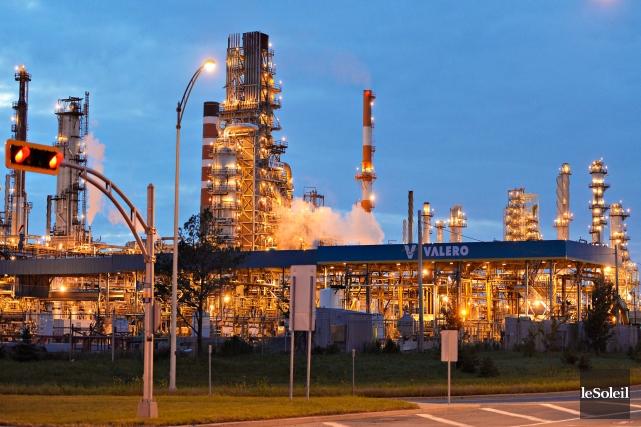 La raffinerie d'Ultramar à Lévis n'a aucune intention... (Photo Pascal Ratthé, archives Le Soleil)