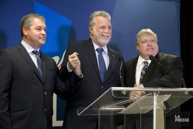 Yves Bolduc, Philippe Couillard et Gaétan Barrette, en... (PHOTO ROBERT SKINNER, ARCHIVES LA PRESSE)