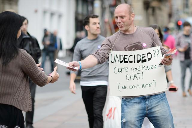 Plus d'un dixième des 4,3 millions d'électeurs écossais... (PHOTO LEON NEAL, AFP)