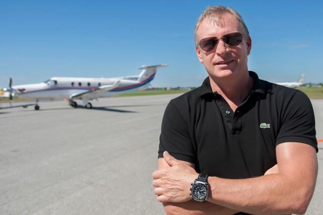 Richard Blackburn est chef-pilote et coactionnaire d'Air Richelieu.... (PHOTO CATHERINE LEFEBVRE, COLLABORATION SPÉCIALE)