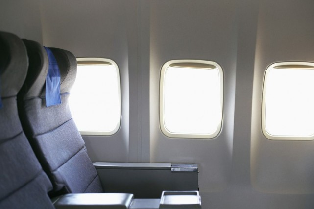 Pour parer à toute éventualité en vol et pour passer les contrôles de sécurité... (Photos.com)