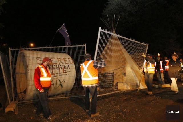Les occupants illégaux du terrain ont été avertis... (Photo Simon Séguin-Bertrand, Le Droit)