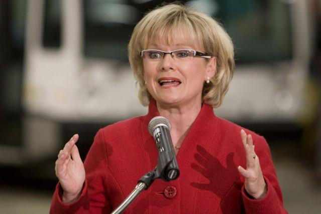 La députée de Laviolette, Julie Boulet.... (Photo: La Presse Canadienne)