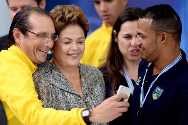 Dilma Rousseff (ci-dessus), 66 ans, candidate du Parti... (PHOTO EVARISTO SA, AFP)