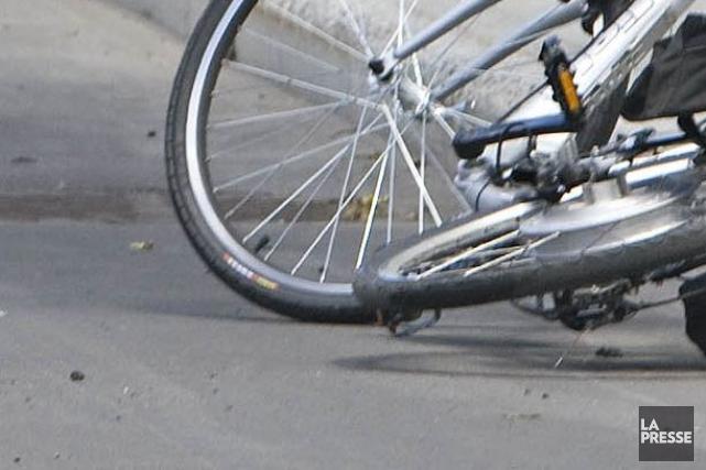 Je vous ai parlé en 2014 de la rue Blaise-Pascal dangereuse parce que trop... (Photo archives La Presse)