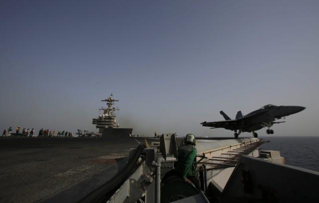 Les cibles que les avions de guerre et... (Photo archives AP)