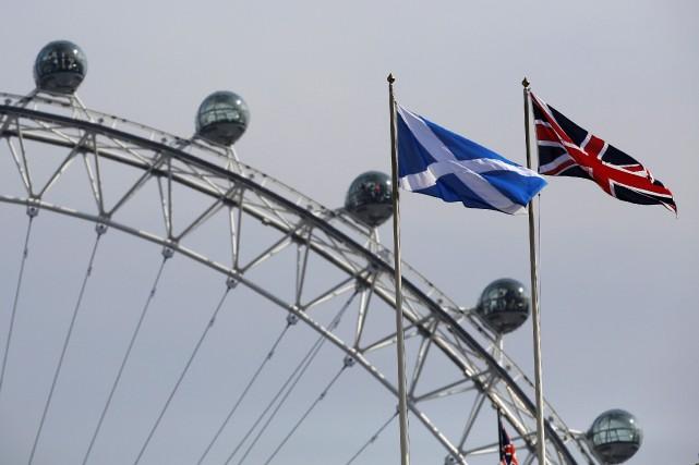 Les Écossais ont clairement dit non à l'indépendance, à l'occasion d'un... (Photo Luke MacGregor, Reuters)