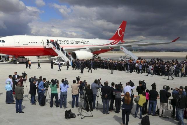 Les 46 Turcs avaient été capturés le 11... (Photo AP)