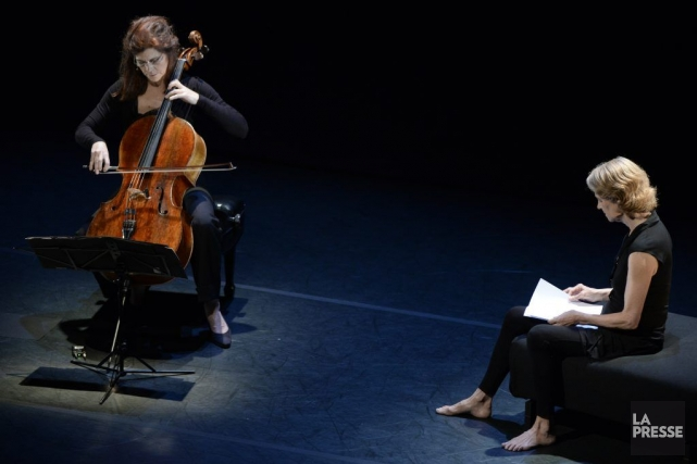 La violoncellisteSonia Wieder-Atherton et Charlotte Rampling dans Danses... (PHOTO BERNARD BRAULT, LA PRESSE)