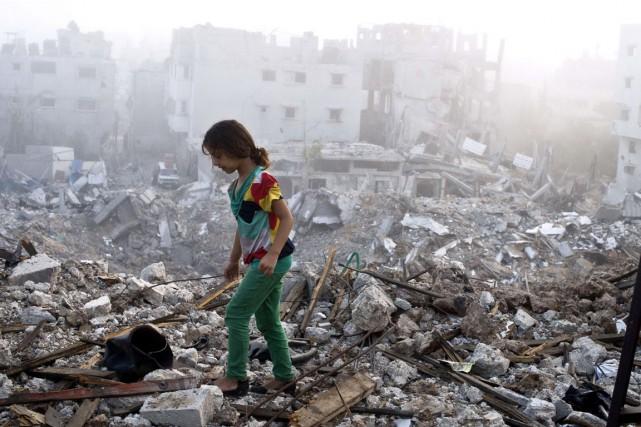 Israéliens et Palestiniens avaient conclu le 26 août... (PHOTO ROBERTO SCHMIDT, ARCHIVES AFP)