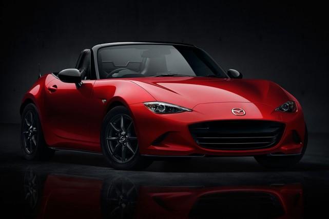 Mazda a levé le voile sur la MX-5... (Photo fournie par Mazda)