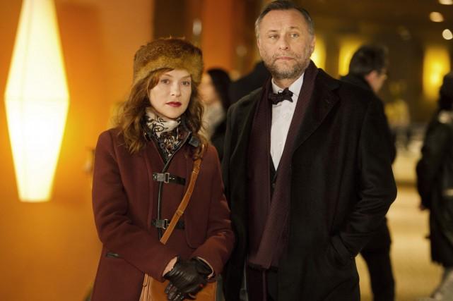 Isabelle Huppert et Michael Nyqvist dans La ritournelle.... (Photo: fournie par Métropole Films)