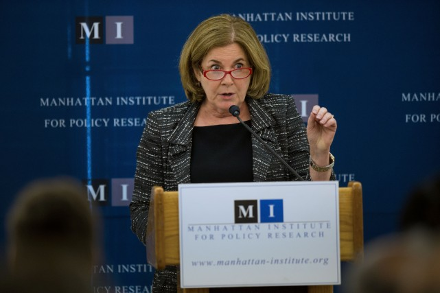 Esther George, présidente de l'antenne régionale de la... (Photo Ron Antonelli, Bloomberg)