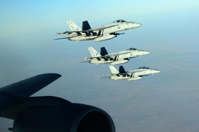 Des avions de combat F/A-18ESuper Hornet de la... (Photo: AFP)