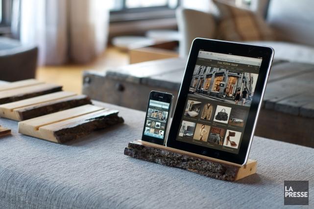 L'engouement des Canadiens pour les téléphones intelligents et les tablettes a... (Photo Jérôme Lavoie, archives La Presse)