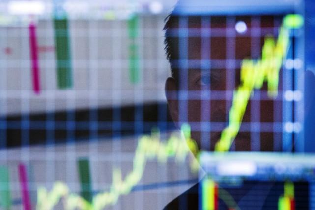 La croissance de l'économie des États-Unis a été révisée en hausse au 2e... (Photo archives Reuters)