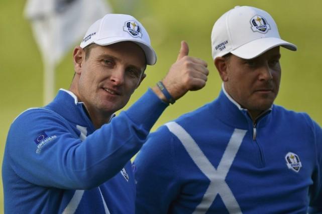 Justin Rose et Henrik Stenson... (PHOTO TOBY MELVILLE, REUTERS)